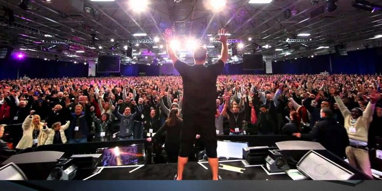 You Will NEVER Be the Next Tony Robbins